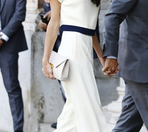 Как да се облича жената на преуспял мъж